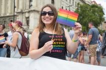 fb_pride17-10