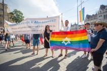 fb_pride17-13