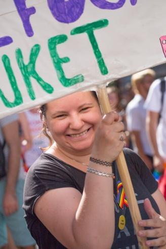 fb_pride17-19