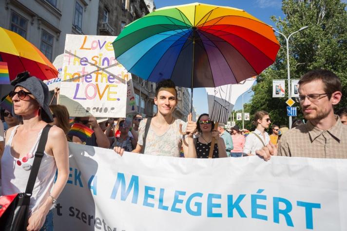 fb_pride17-27